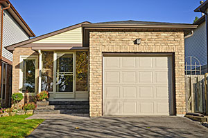 Why Garage Doors Have Different Prices